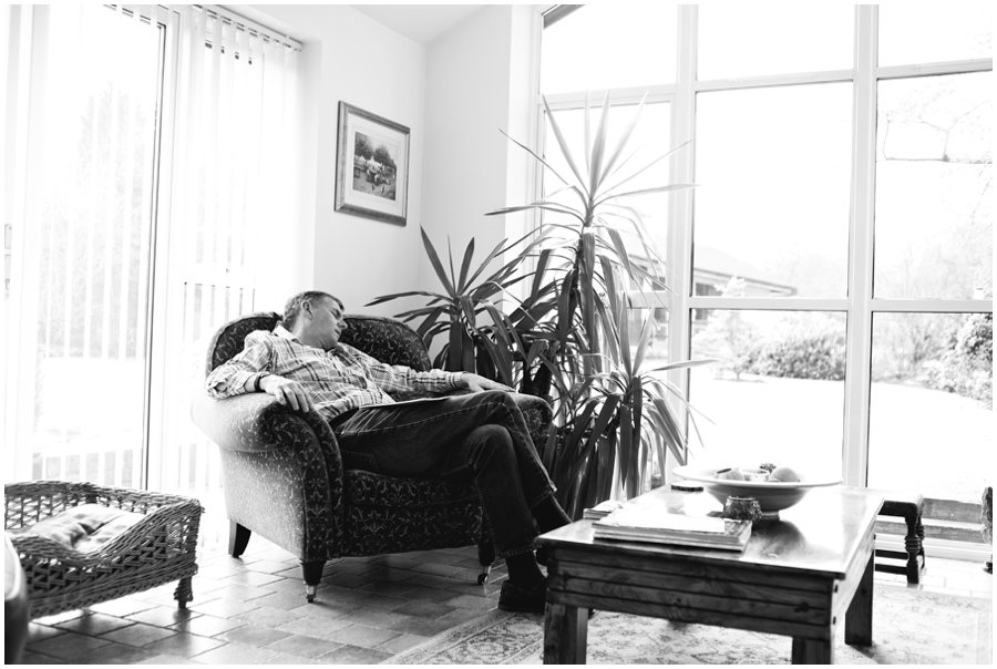 bride's father sleeping before wedding