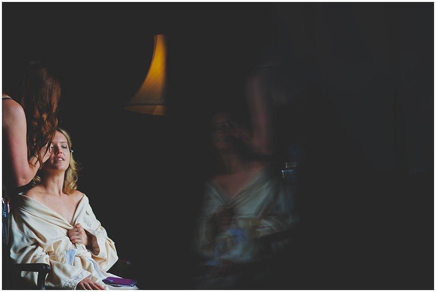 iphone reflection wedding photography