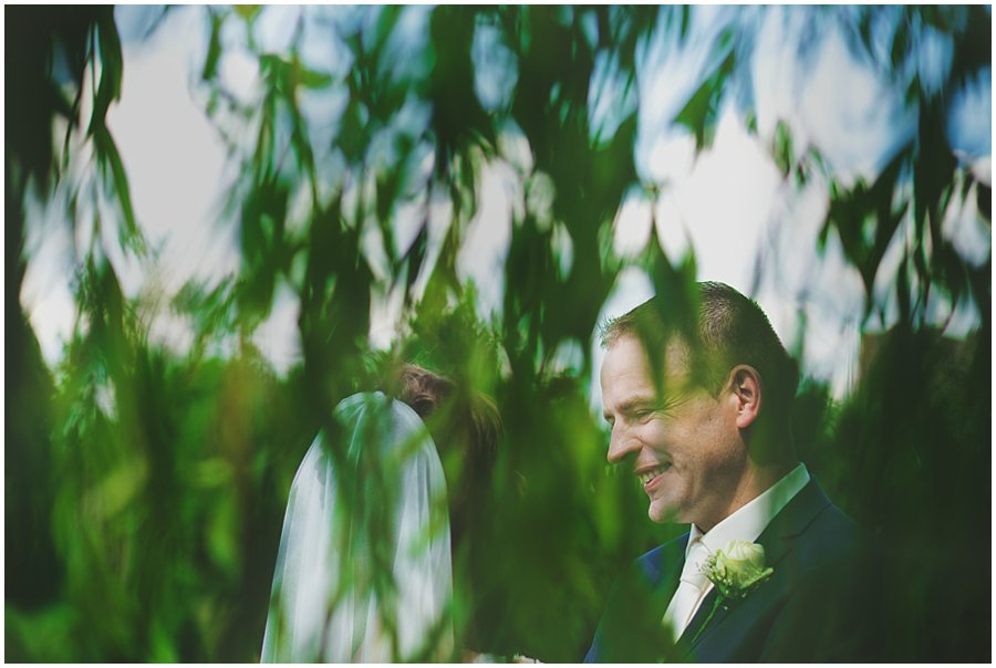 bride and groom portraits in willow tree