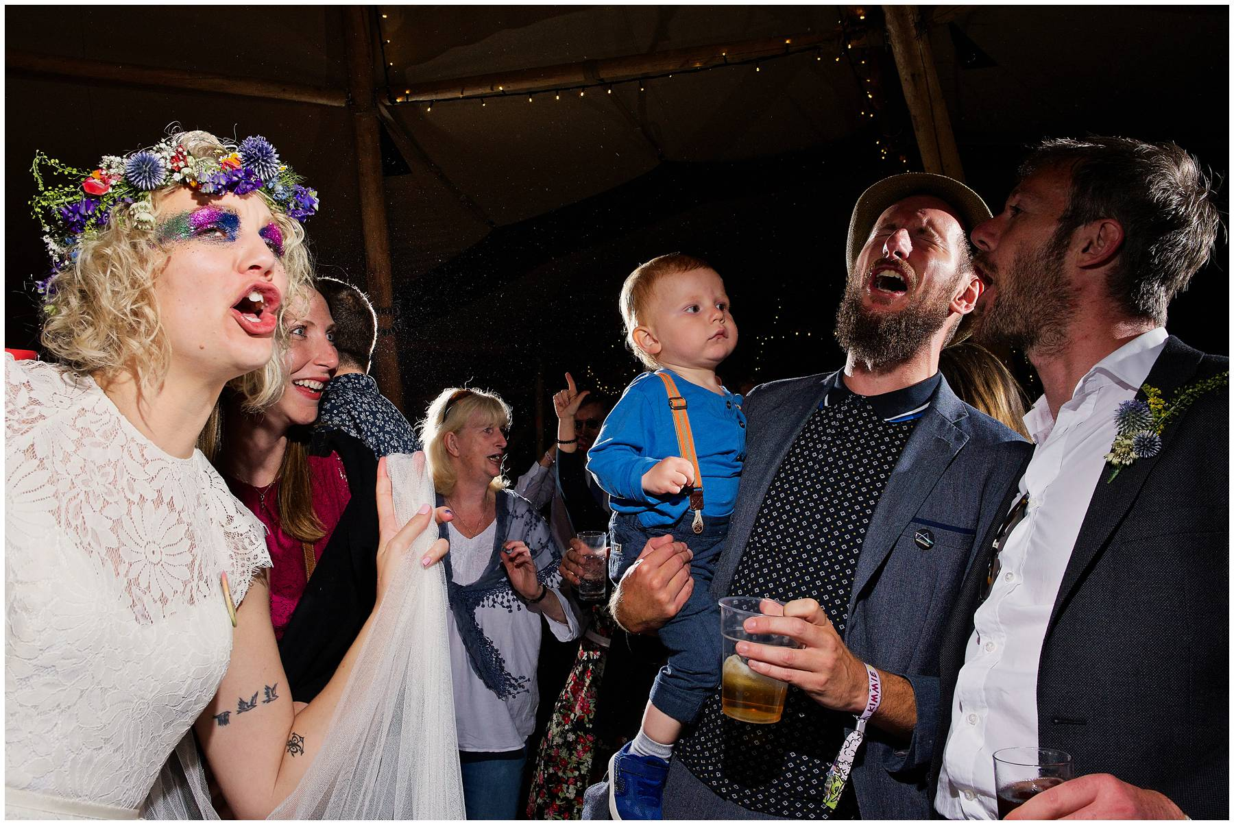 Chas and Dave playing to wedding guests
