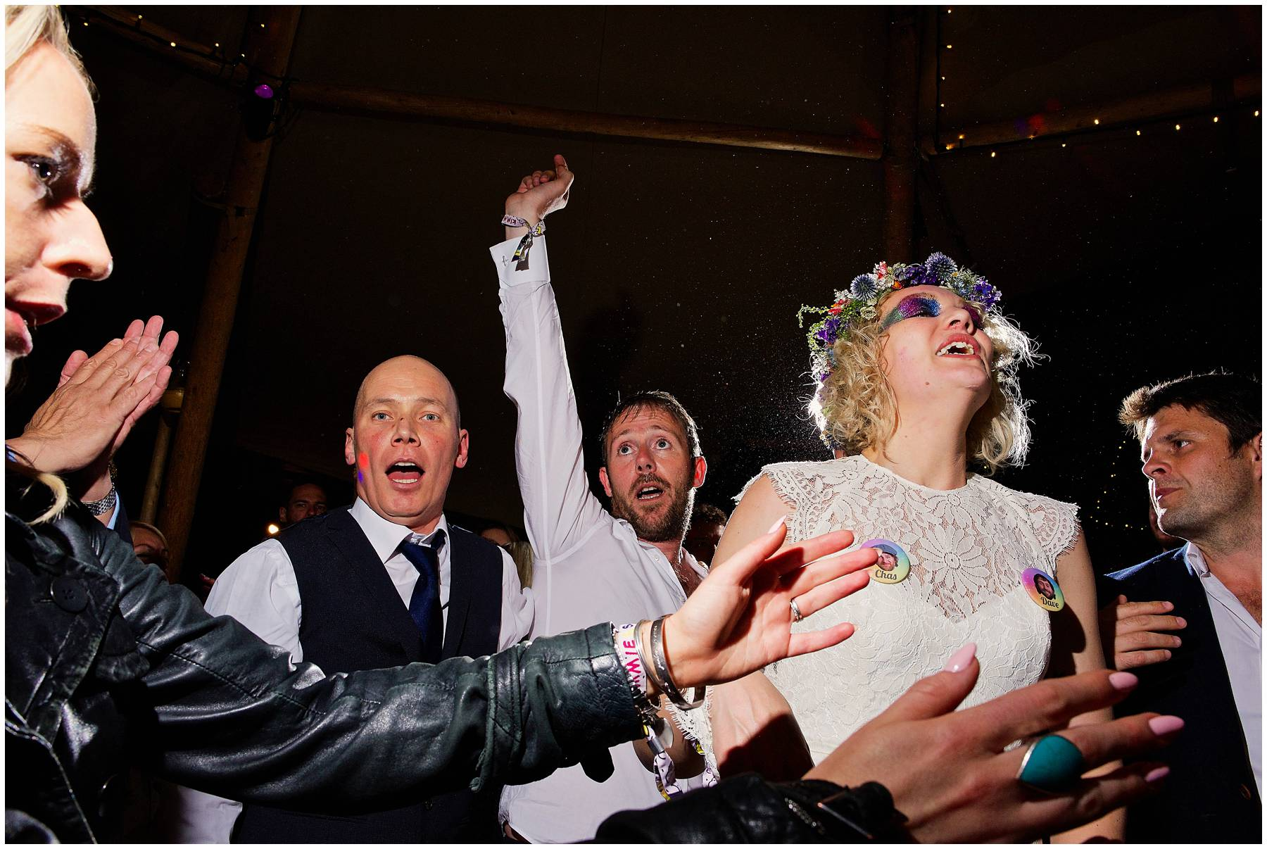 Bride and Groom dancing to Chas and Dave