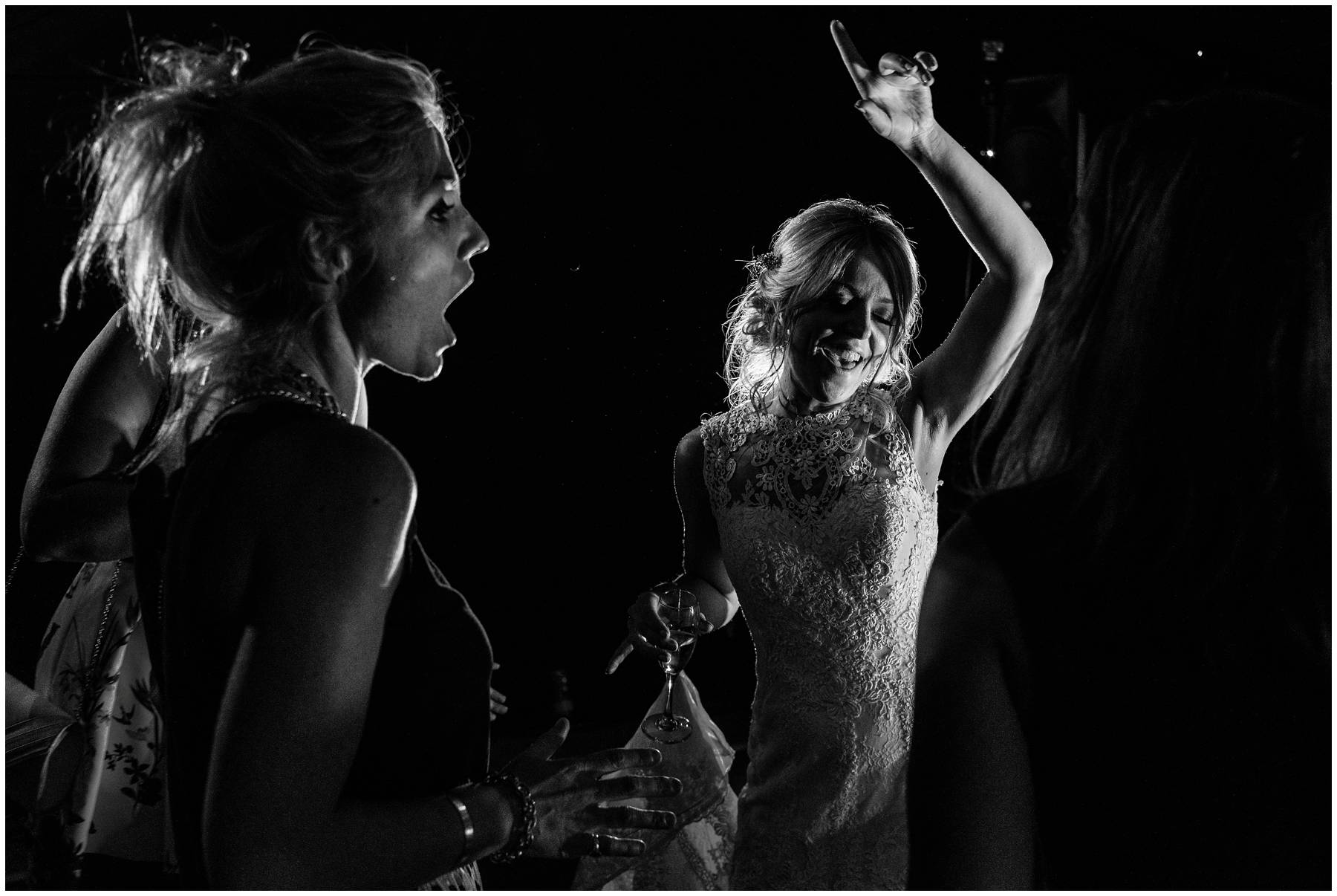 Black and White Wedding Photography ay Spetchley Park