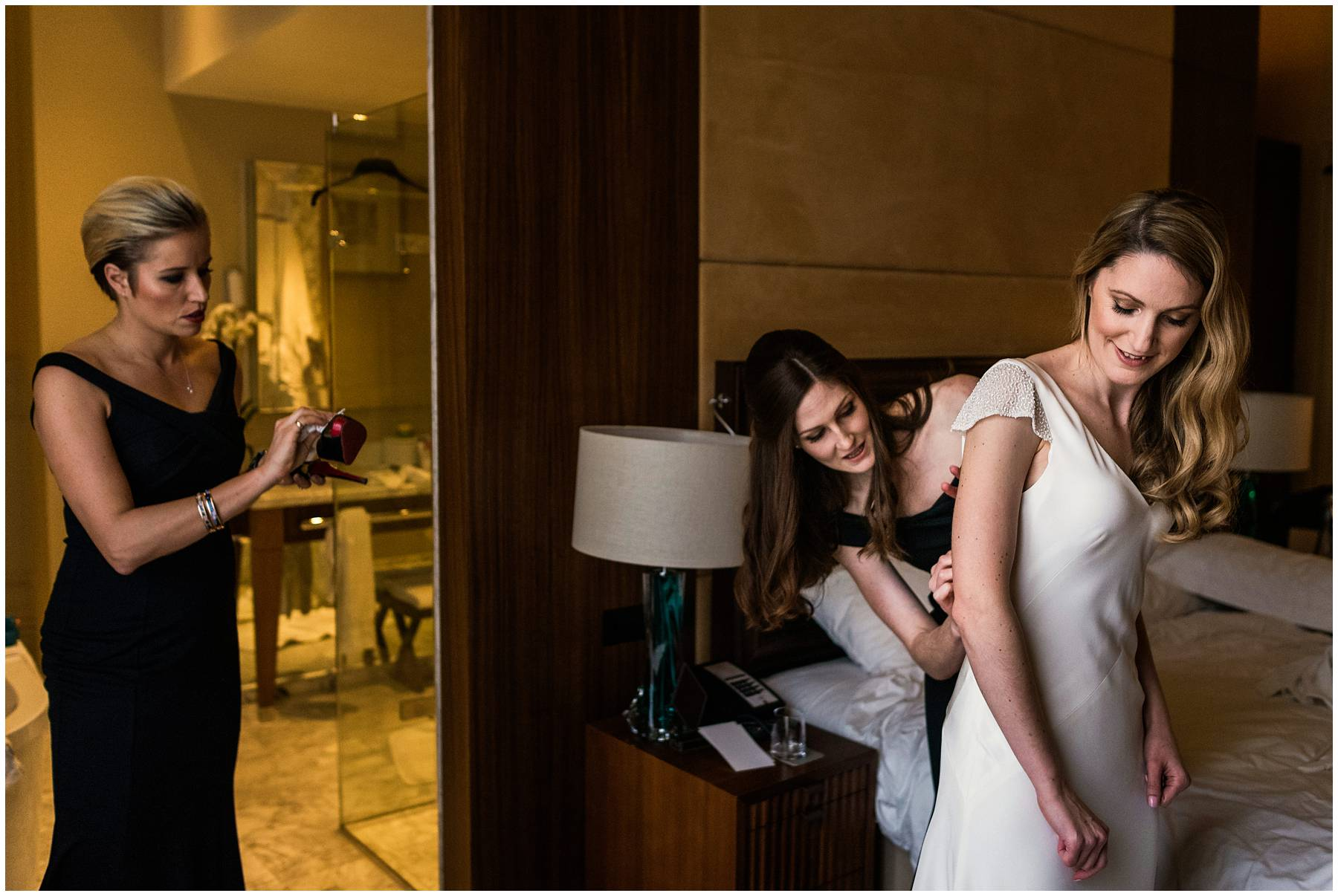 Bride getting ready at St Pancras Renaissance Hotel